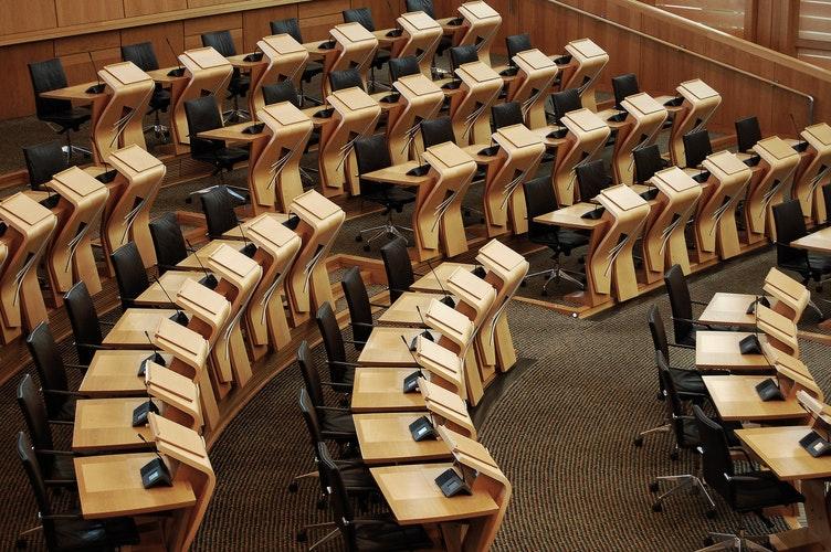 GALATEO DELL'INTERPRETE: COME LAVORARE CON PM E CLIENTI